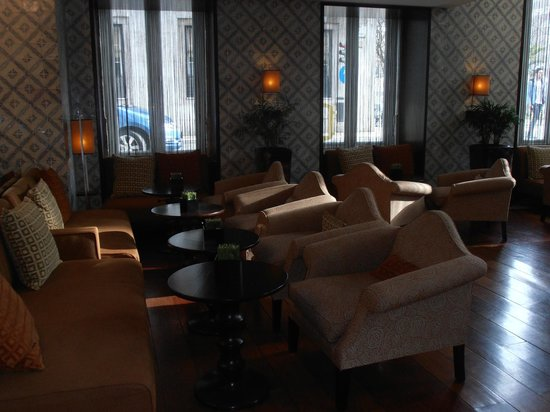 Heritage Avenida Liberdade:                   Sofas del lounge