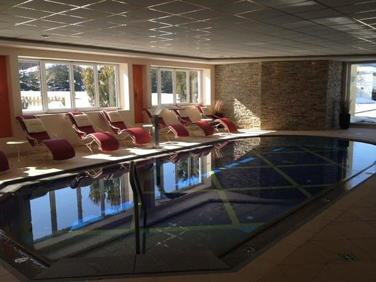 Aktiv & Spa-Resort Alpenpark:                   adult indoor pool