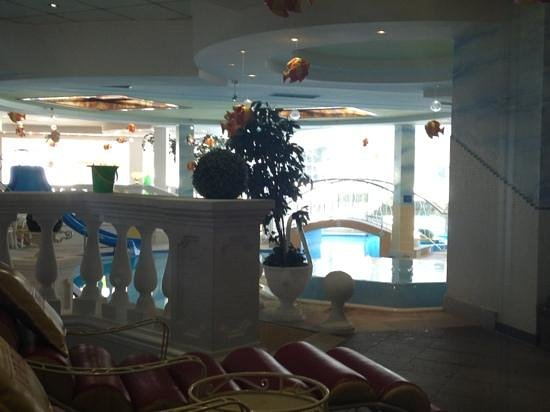 Aktiv & Spa-Resort Alpenpark:                   family indoor pool