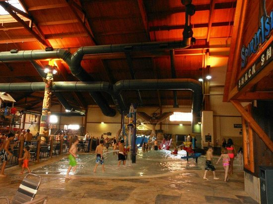 Great Wolf Lodge Kansas City: waterpark