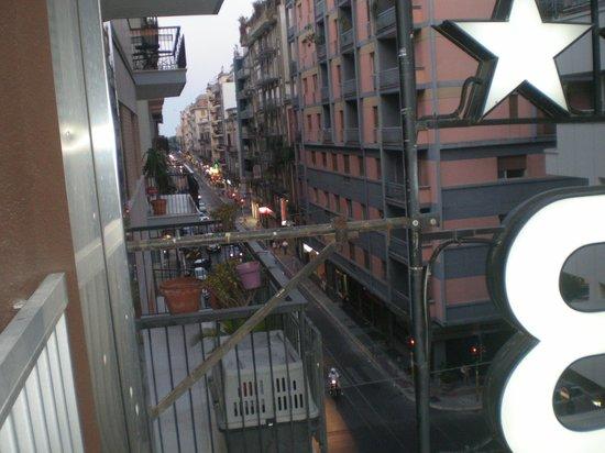 Hotel Boston:                   Вид из номера
