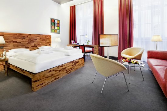 Movenpick Hotel Berlin: Junior Suite (35 - 40 m²)