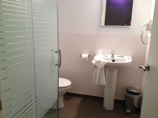 Hotel Estacio del Nord: Baño