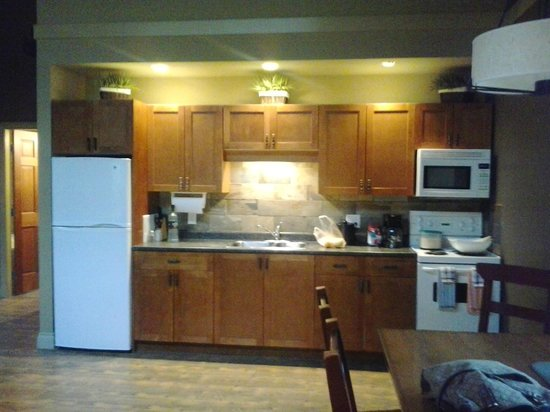 Long Beach Lodge Resort:                   kitchen