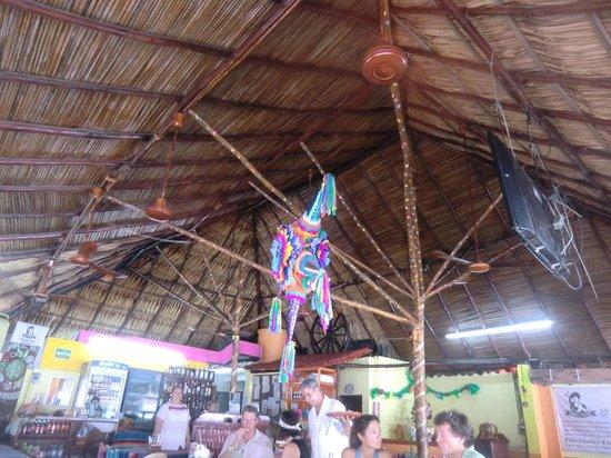 Tamales y Atoles Any:                   Das Restaurant