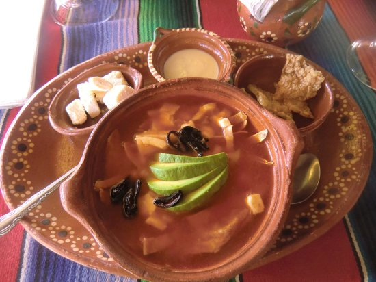 Tamales y Atoles Any (Restaurantes Mexicanos Any):                   Die Azteken Suppe