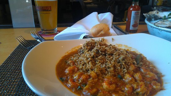 Pappadeaux :                   Crawfish Ettouffee with dirty rice