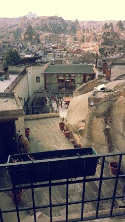 Katpatuka Cave Hotel:                   Roof