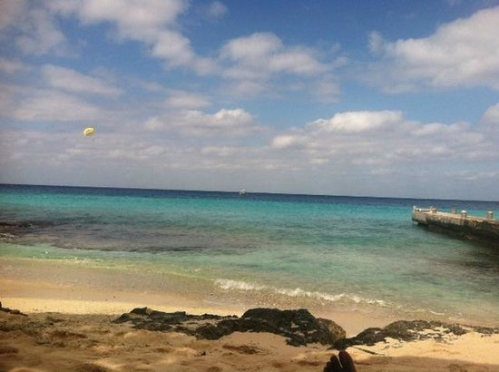 Playa Azul Golf, Scuba, Spa:                   Beautiful beach!