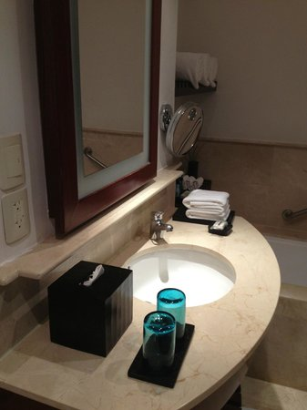 Live Aqua Cancun All Inclusive:                   our bathroom