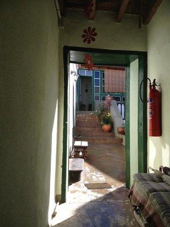 Hotel Emblemático 4 Esquinas:                   courtyard