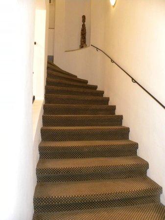 Hotel Pod Vezi:                   Scale