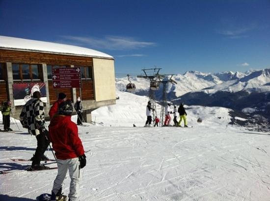 Arosa Ski Resort:                   Arosa : 2450m