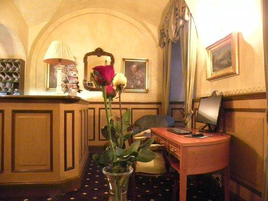 Hotel Pod Vezi:                   Bellissima reception