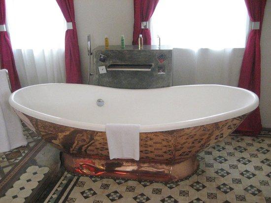 Casa Colombo:                   super baignoire