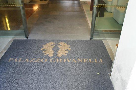 Hotel Palazzo Giovanelli: entrance