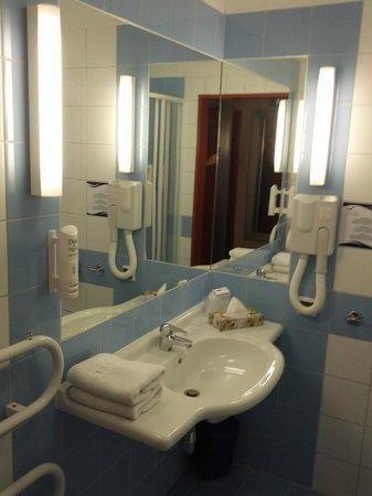 Hotel Nadmorski:                   Bathroom