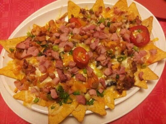 El Gringos:                   yummy Loaded Nachos x