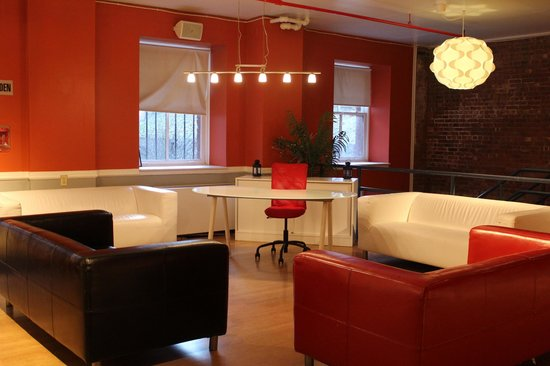 Hostelling International - New York: Common Room
