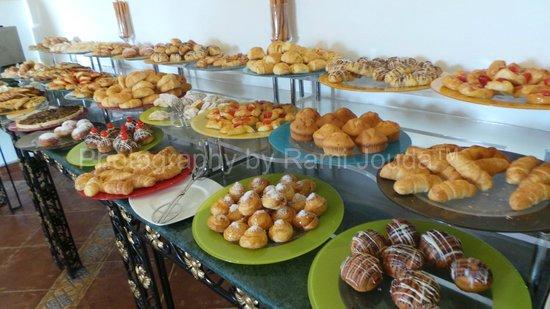 Domina Coral Bay Prestige Hotel:                                     breakfast buffet at Plaisirs