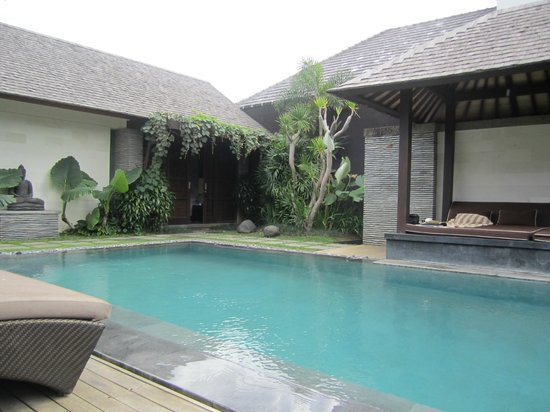 Peppers Seminyak:                   Private pool