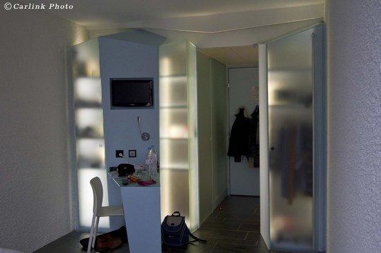 Hotel Cristal Design:                   Habitacion