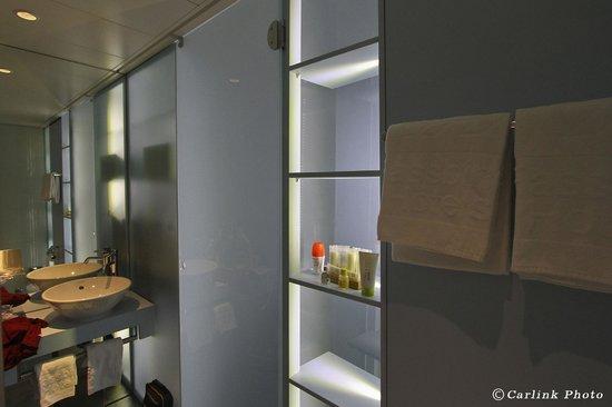 Hotel Cristal Design:                   Baño