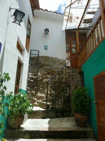 Vista hacia la entrada a Casa Sihuar