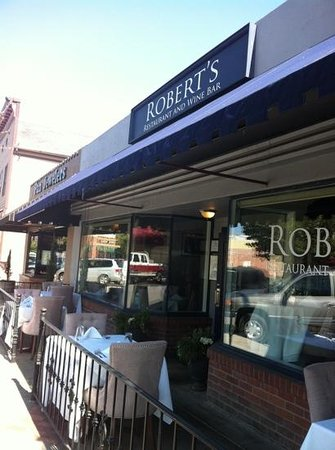 Robert's Restaurant & Wine Bar:                                     outdoor patio.. nice!!