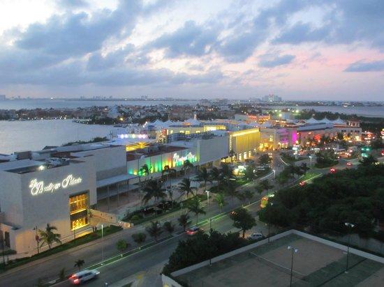 La Isla Shopping Village :                   La Isla Mall at Night (From Live Aqua)