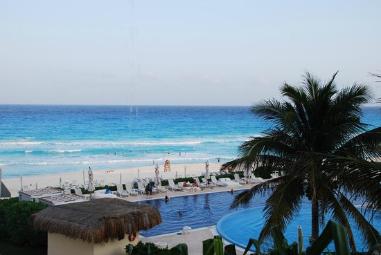 Live Aqua Cancun All Inclusive :                                     room view