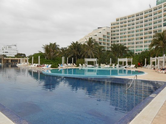 Live Aqua Beach Resort Cancun:                                     Another pool