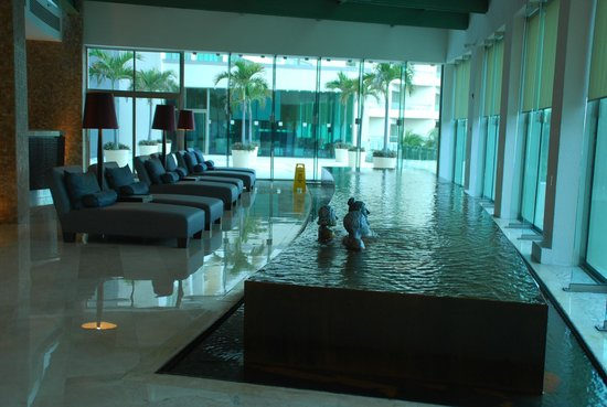 Live Aqua Cancun All Inclusive:                                     lobby