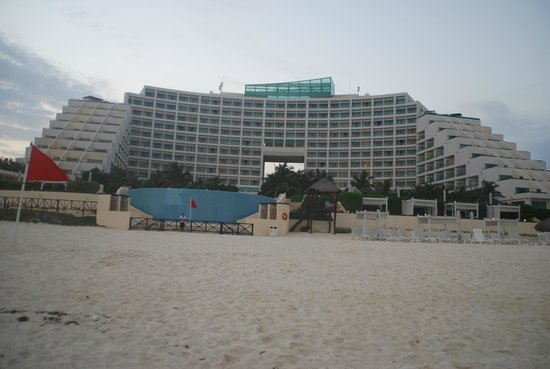 Live Aqua Beach Resort Cancun:                                     view from beach