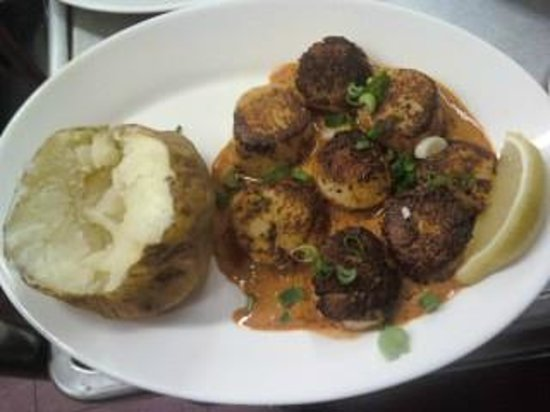 Hil Mak's Seafood Restaurant :                   Blackened Scallops with Ancho Honey Beurre Blanc!!