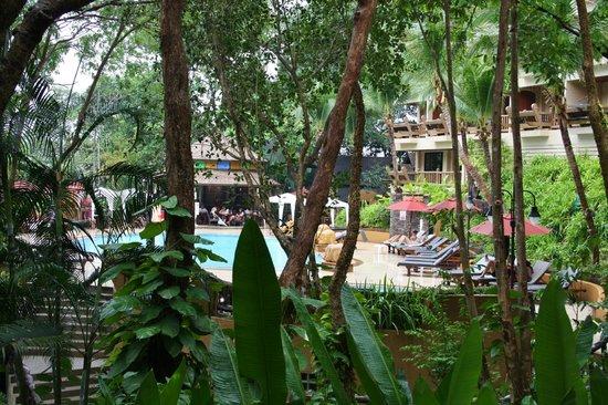 Vogue Resort & Spa:                   Udsigt fra vores værelse/terrassen