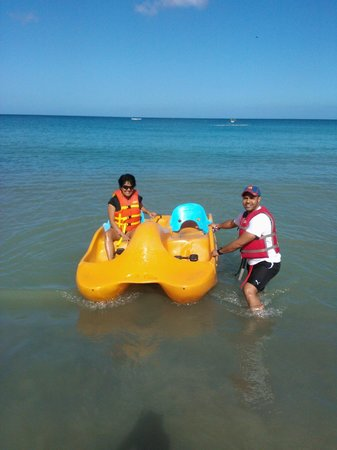 Turtle Beach by Rex Resorts:                   Non-motorised water sports available on the all-inclusive package
