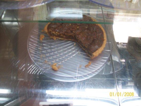 Bologna Ristorante Pizzeria:                   The best pecan pie in the whole world!