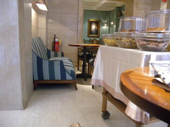 Hotel Stendhal:                   petit déjeuner
