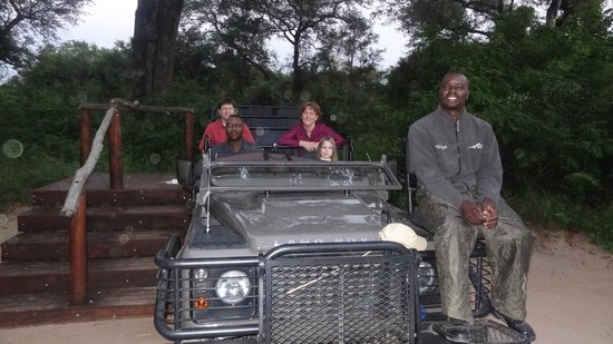 Lion Sands River Lodge : Tracker Albert on our Land Rover with our solo drive evening