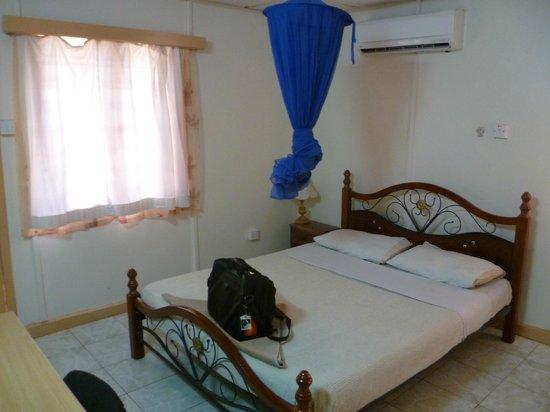 Hamza Inn:                   Typical room
