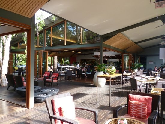 The Byron at Byron Resort & Spa: saloon restaurant