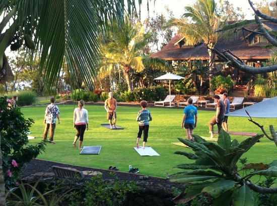 Lumeria Maui Retreat:                   Yoga in the Courtyard