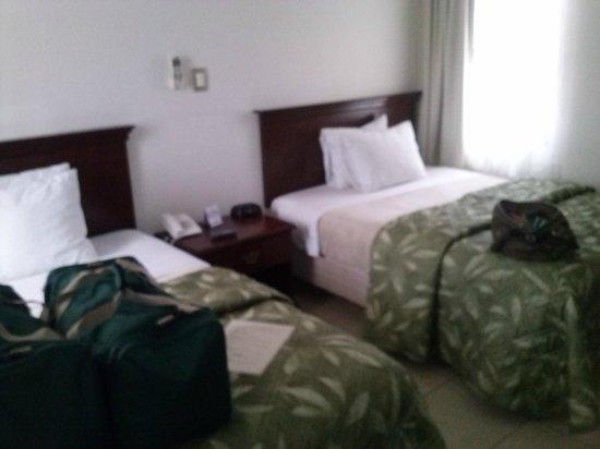 Hotel Rincon del Llano:                   habitacionn