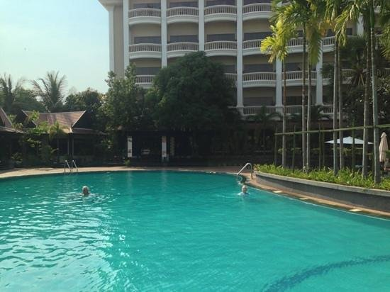 Borei Angkor Resort & Spa:                                     pool