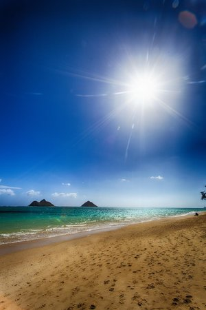 Lanikai Beach under midday sunshine