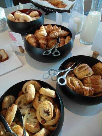 Pullman Barcelona Skipper: Buffet petit-déjeuner