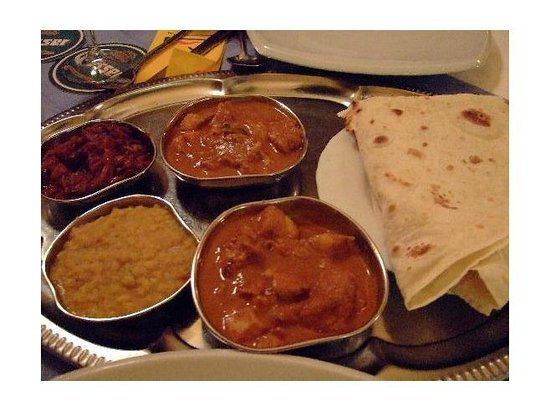 Curry Insel: Thali platter - a mix sample of curries
