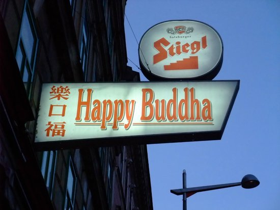 Happy Buddha : Outside