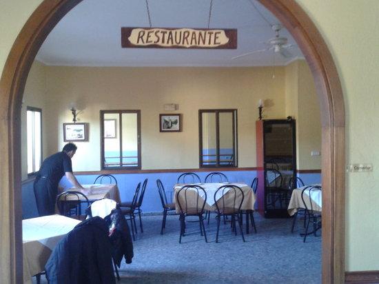 Restaurante Las Rejas:                   Varios salones